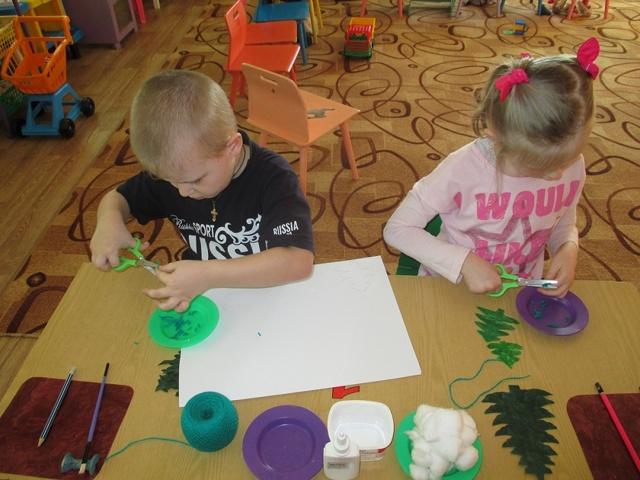 Аппликация из ниток в детском саду