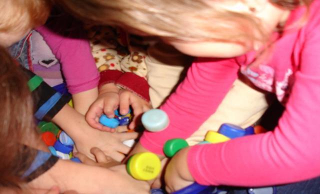 Дидактические игры из бросового материала своими руками