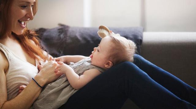Как делать массаж ребёнку до года
