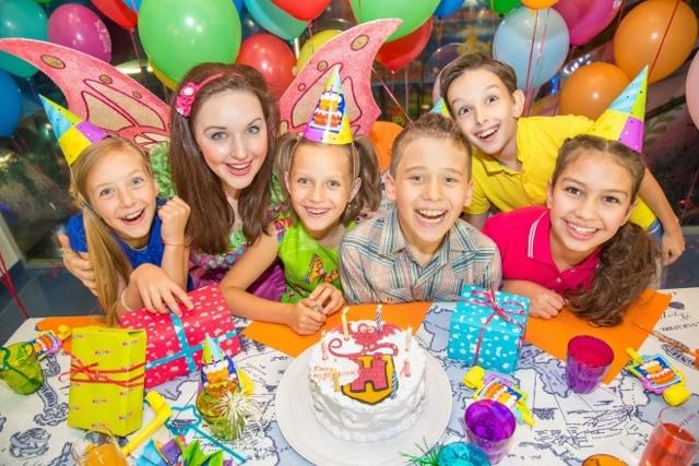 День рождения ребенка 8 лет дома. Идеи для домашнего праздника