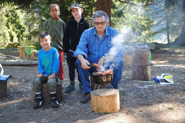 Правила поведения в лесу для детей школьников