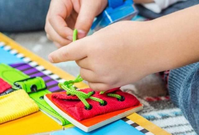 Развивающие игры для детей 3, 4 лет на развитие мелкой моторики
