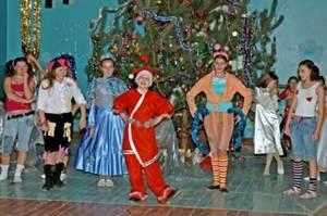 Материалы для проведения Новогодних праздников в начальной школе