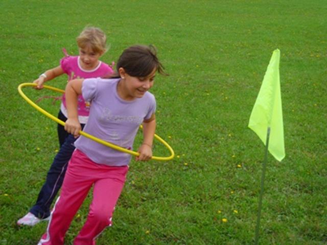 Зимняя игровая эстафета для детей 5-6 лет