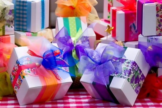 Как интересно подарить подарок ребенку на день рождения
