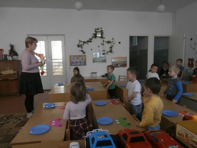 Конспект занятия во второй младшей группе на тему «Автобус»